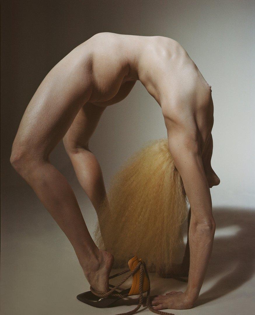 Stephanie Pfaender Body language Photo Nr.2 for Mixt(e) Magazine