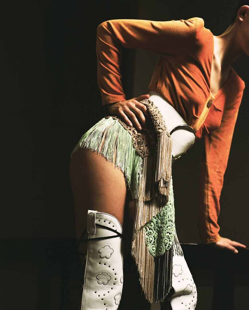 Stephanie Pfaender Body language Photo Nr.7 for Mixt(e) Magazine