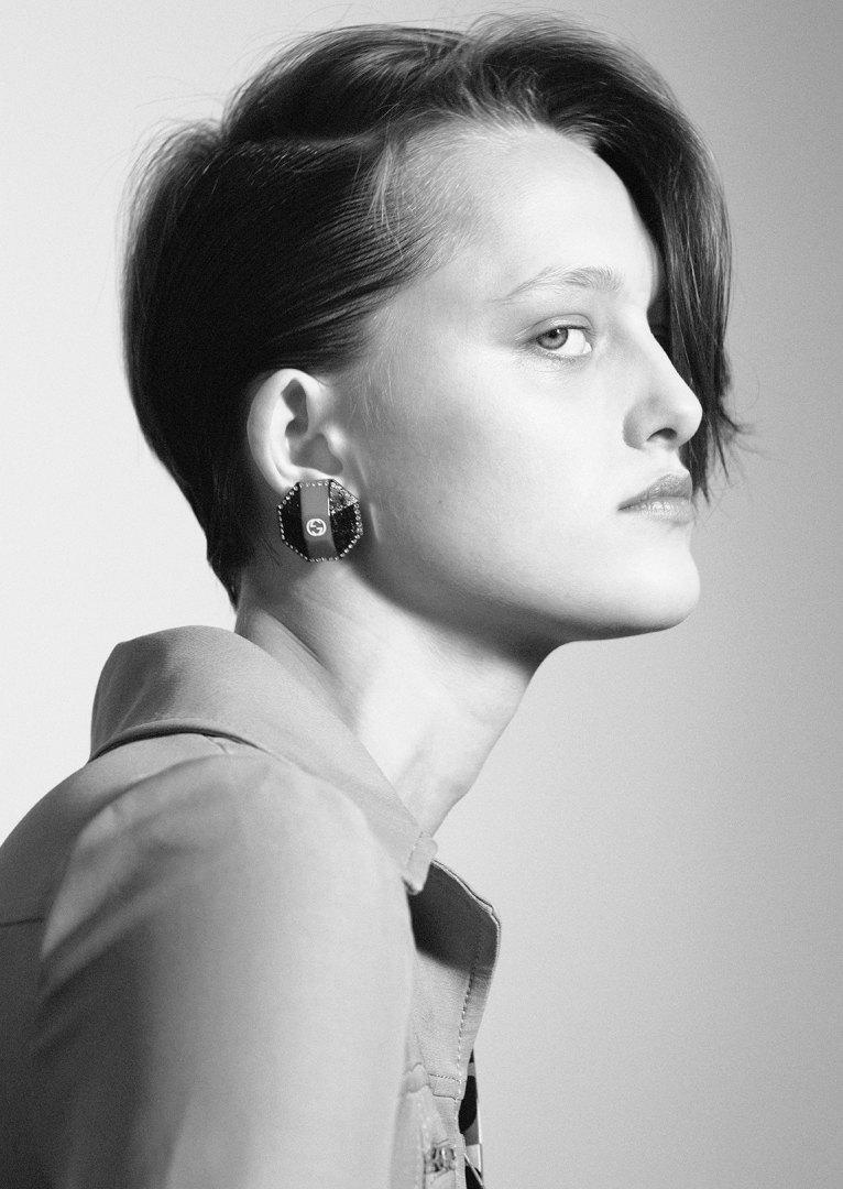 Stephanie Pfaender Body language Photo Nr.8 for Mixt(e) Magazine