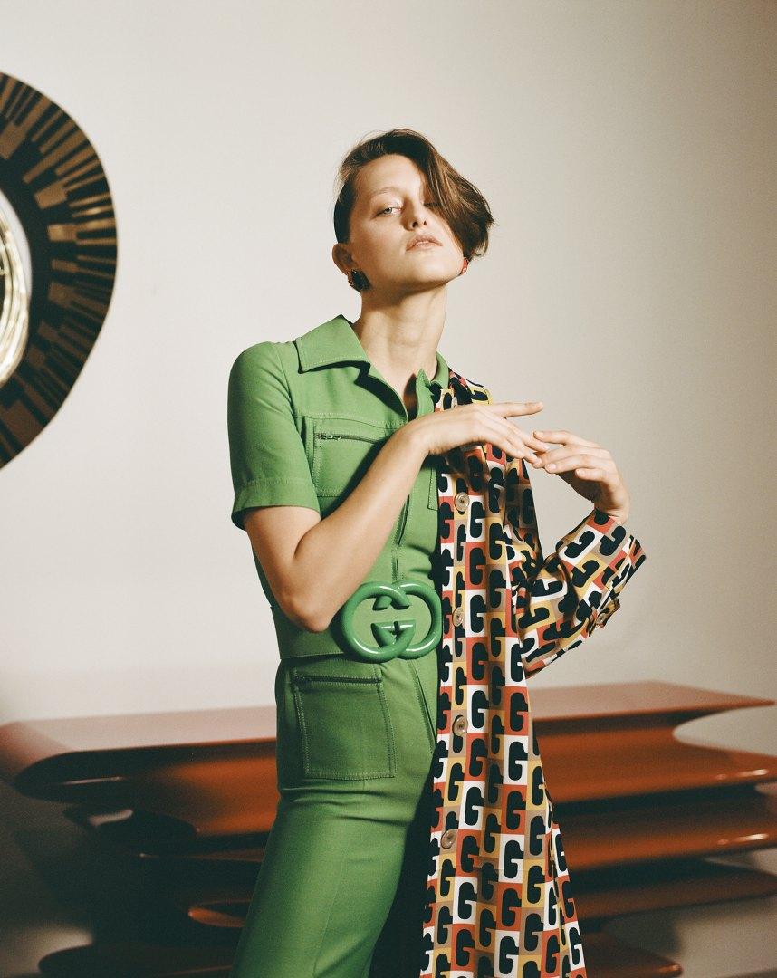Stephanie Pfaender Body language Photo Nr.3 for Mixt(e) Magazine